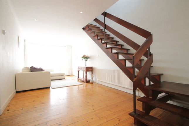Thumbnail Property to rent in Grants Close, London