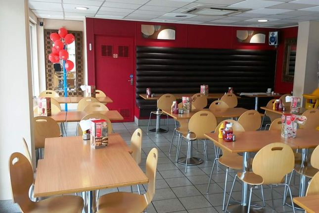 Thumbnail Restaurant/cafe for sale in Farnborough GU14, UK