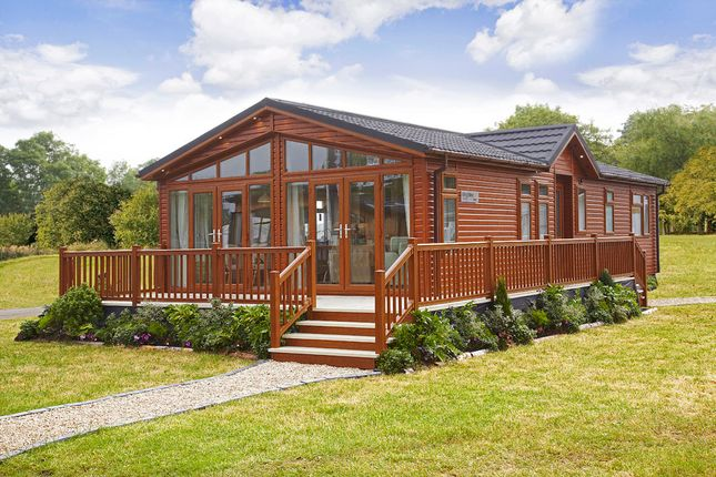 Thumbnail Lodge for sale in English Drove, Thorney, Peterborough, Cambridgeshire