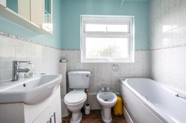 Bathroom of 9 Mount Road, Poole, Dorset BH14