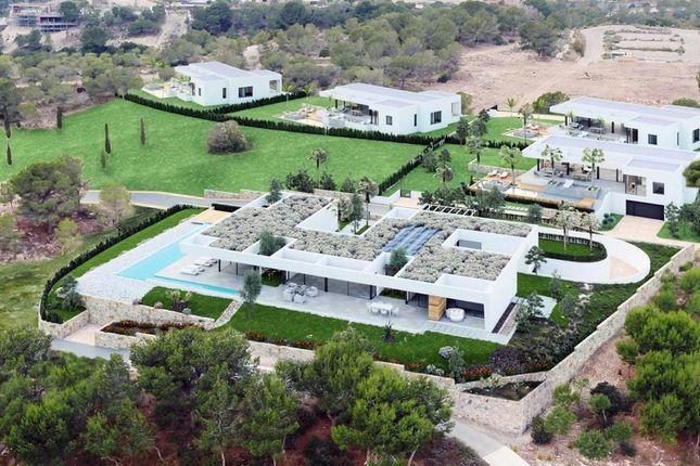 Thumbnail Villa for sale in Las Colinas Golf Resort, Alicante, Spain