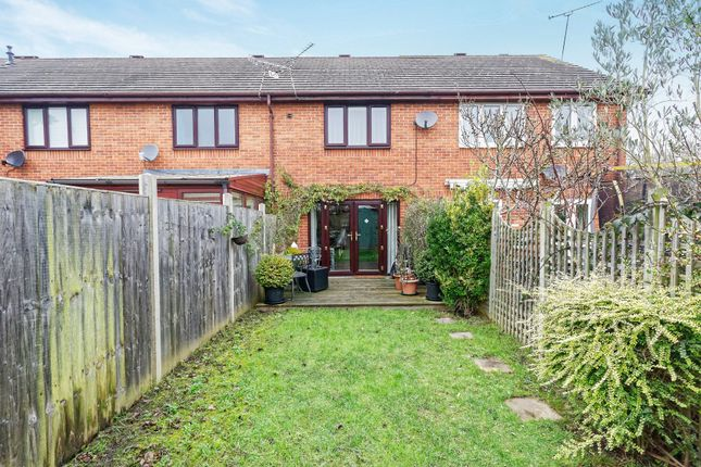 Thumbnail Terraced house to rent in Lancashire Hill, Warfield, Bracknell