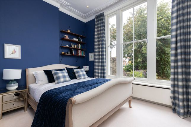 Bedroom of Clapham Common North Side, London SW4