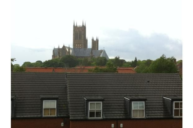 Thumbnail Flat to rent in 19 The Cloisters, Lincoln, Lincolnshire