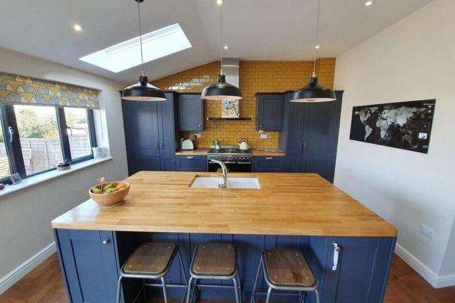 Thumbnail Semi-detached house for sale in Moores Place, Hungerford