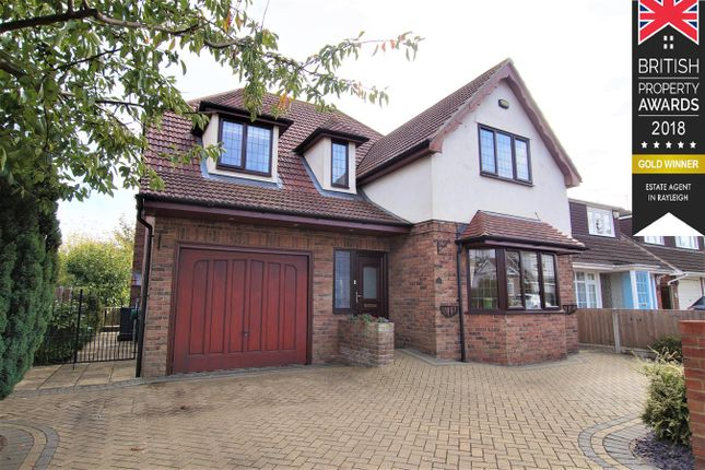 Thumbnail Detached house for sale in Bull Lane, Rayleigh
