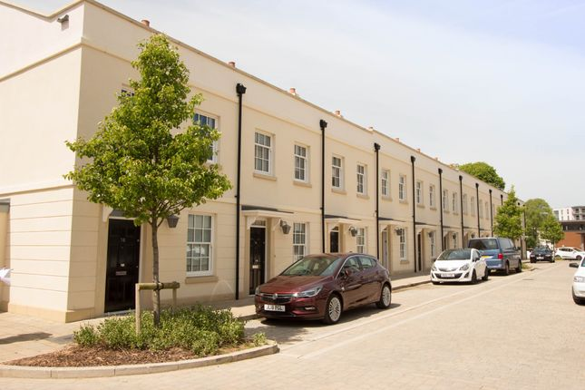 Thumbnail Terraced house to rent in Discovery Road, Plymouth