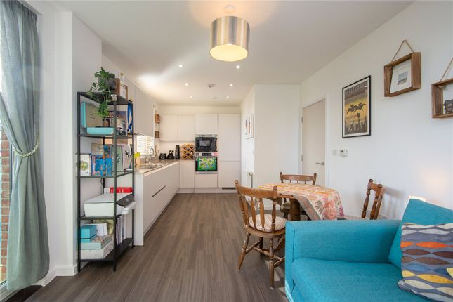 1 bed flat for sale in Troubridge Square, Walthamstow, London E17
