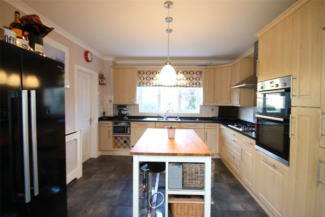 Picture No. 32 of Rowan Way, Angmering, West Sussex BN16