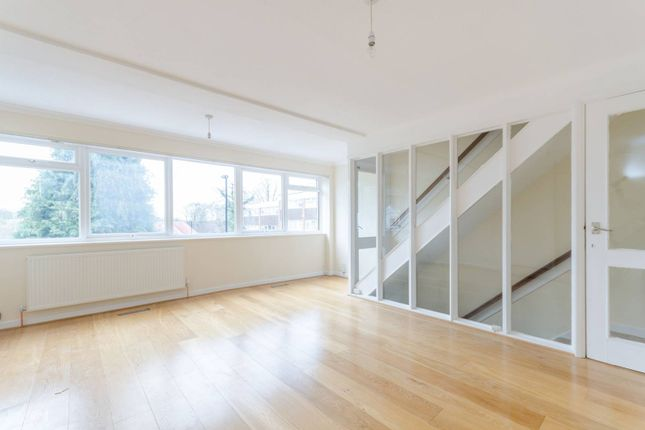 Thumbnail Property to rent in Chichele Gardens, East Croydon, Croydon