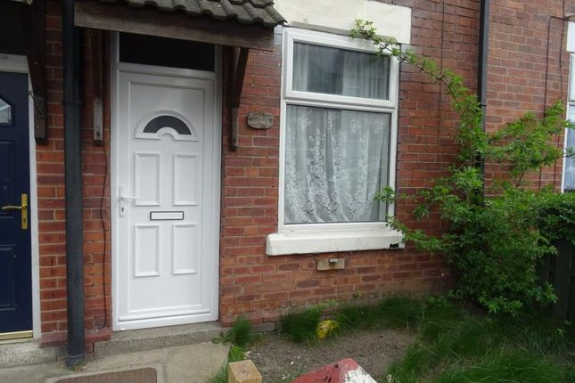 2 bed terraced house to rent in Shakespeare Road, Rotherham