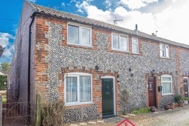 1 bed end terrace house to rent in Market Row, Stalham, Norwich NR12