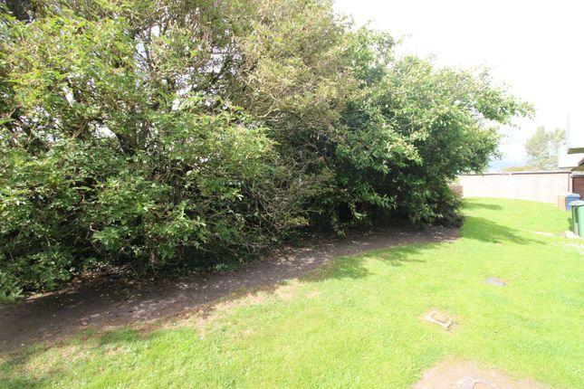 Communal Gardens of Hanover Drive, Blaydon-On-Tyne, Tyne And Wear NE21