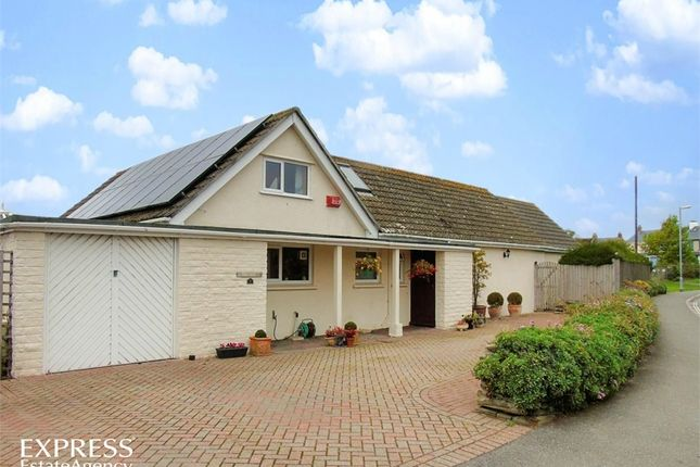 Thumbnail Detached bungalow for sale in Windmill, Fowey, Cornwall