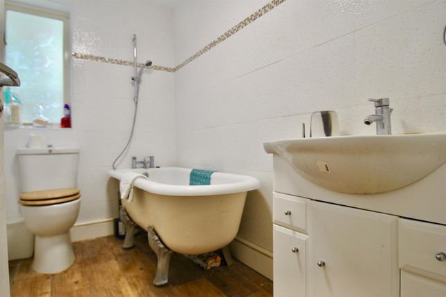 5 bedroom semi-detached house for sale in Salisbury Road, Harrow-On-The-Hill, Harrow