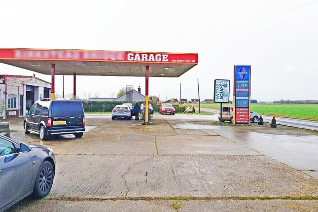 Thumbnail Parking/garage for sale in ., Lincolnshire