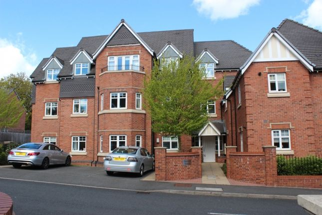 Flat in  Ryknild Drive  Thornhill Road  Streetly  Birmingham