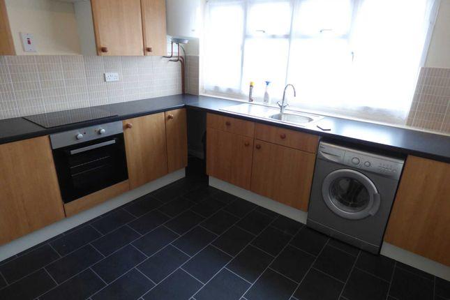 Thumbnail Maisonette to rent in Calverton Road, Luton
