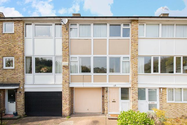 Town house for sale in The Dell, Stambourne Way, Upper Norwood, London