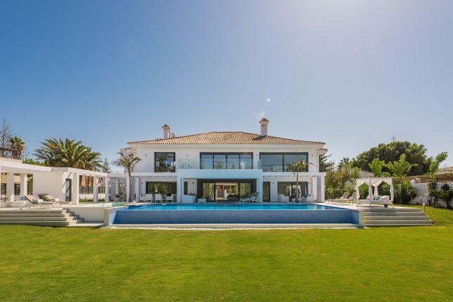 Thumbnail Villa for sale in Guadalmina Baja, Estepona, Málaga, Andalusia, Spain