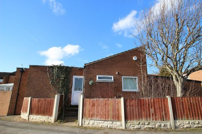 Thumbnail Bungalow to rent in Honingham Close, Arnold, Nottingham
