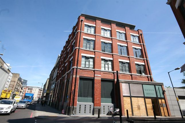 Thumbnail Flat to rent in Saxon House, Thrawl Street