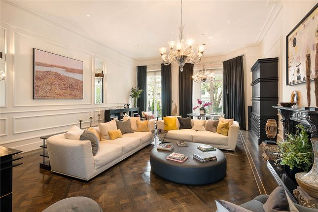 Thumbnail Terraced house for sale in Vicarage Gate, Kensington, London
