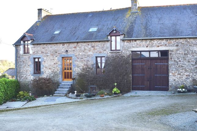 Detached house for sale in 22330 Plessala, Côtes-D'armor, Brittany, France