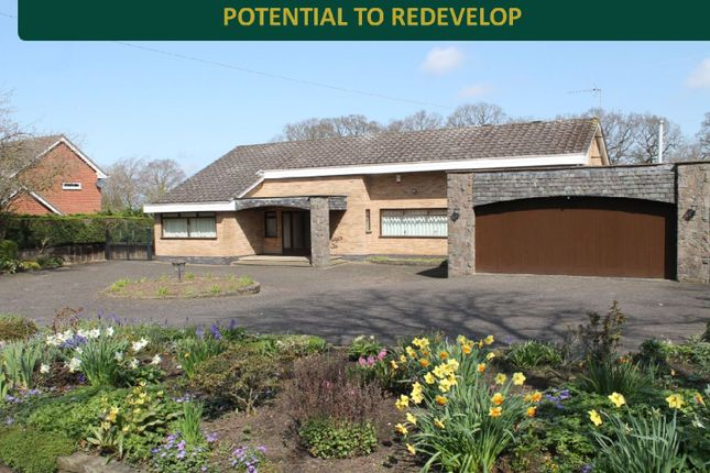 Thumbnail Bungalow for sale in The Fairway, Oadby, Leicester