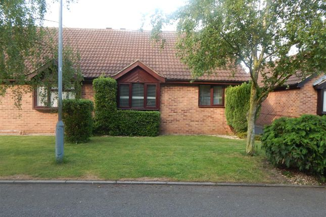 Thumbnail Bungalow to rent in Fell Croft, Farndon, Newark