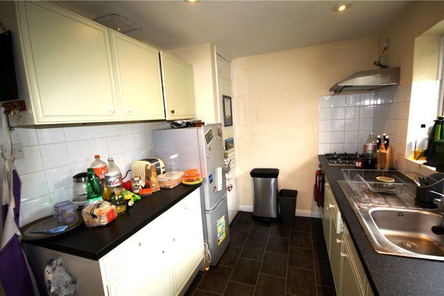 Maisonette to rent in Aldershot Road, Guildford, Surrey