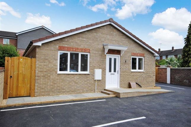 Thumbnail Detached bungalow for sale in Vandyke Road, Leighton Buzzard