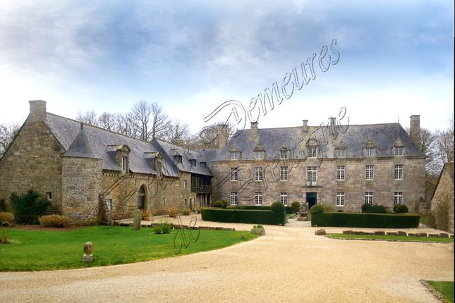 Thumbnail Property for sale in 22200, Guingamp, France
