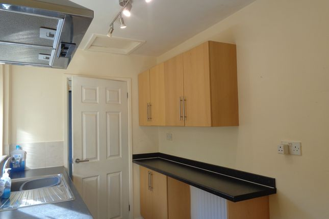 Thumbnail Terraced house to rent in Kitchener Street, Darlington