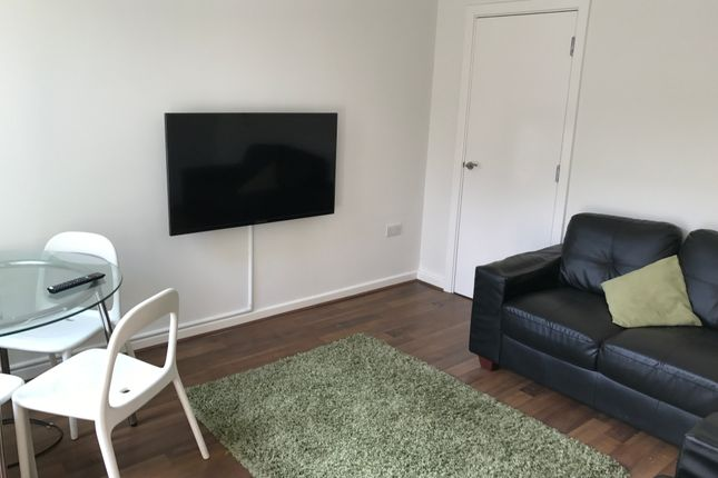 Thumbnail Shared accommodation to rent in Rosedale Road, Sheffield