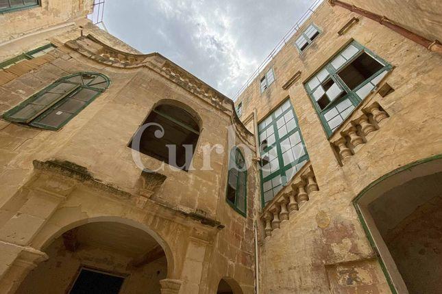 Thumbnail Villa for sale in Valletta, Malta