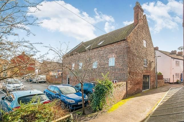 Thumbnail Barn conversion for sale in Broadbank, Louth, Lincolnshire