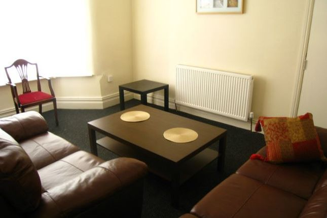 Thumbnail Shared accommodation to rent in Jubilee Drive, Liverpool, Merseyside