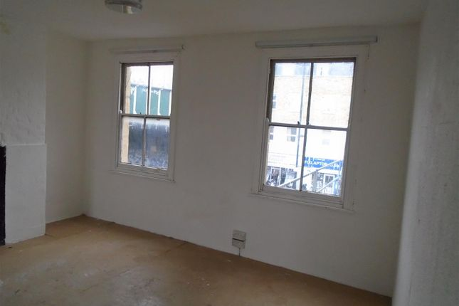 Thumbnail Property to rent in Hollybush Place, London