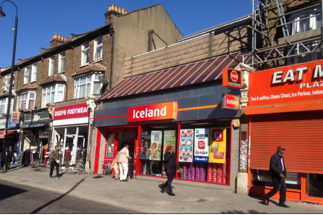 Thumbnail Retail premises to let in 128/130 High Street North, London