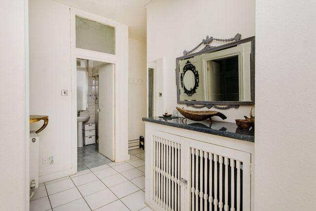 1 bed flat for sale in Cromwell Road, Kensington SW5