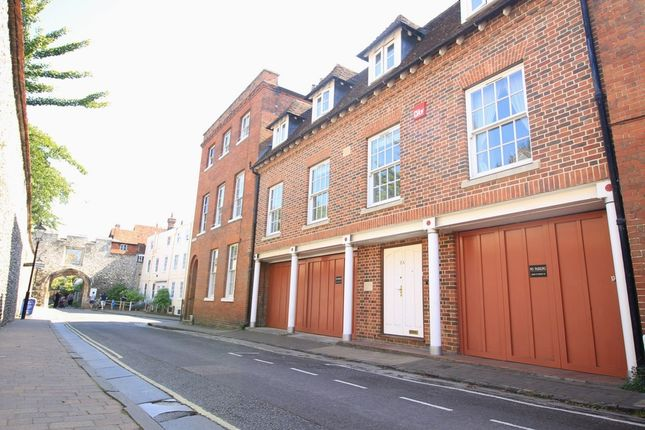 Thumbnail Terraced house to rent in St. Swithun Street, Winchester