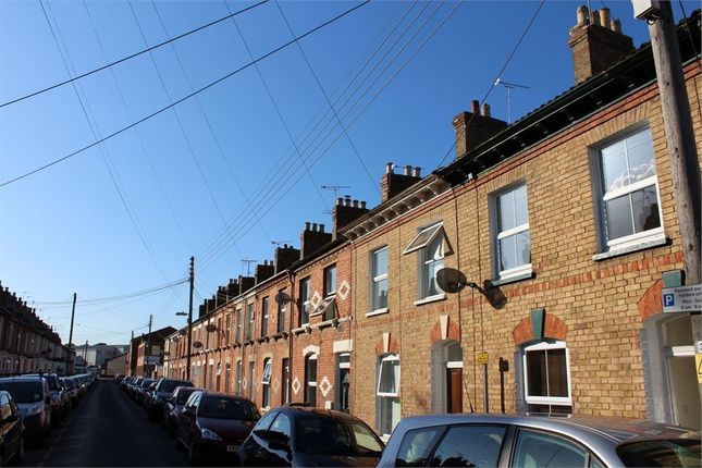 Thumbnail Terraced house to rent in Albemarle Road, Taunton