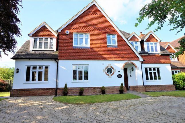 Thumbnail Detached house for sale in West End, Sevenoaks