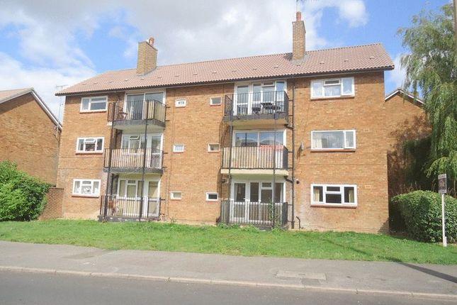 2 bed flat for sale in Longlands, Hemel Hempstead Industrial Estate, Hemel Hempstead