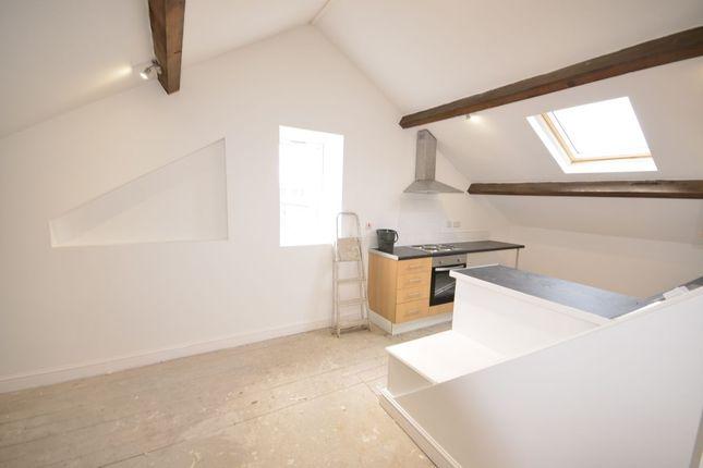 Thumbnail Flat to rent in Cawdor Street, Farnworth, Bolton