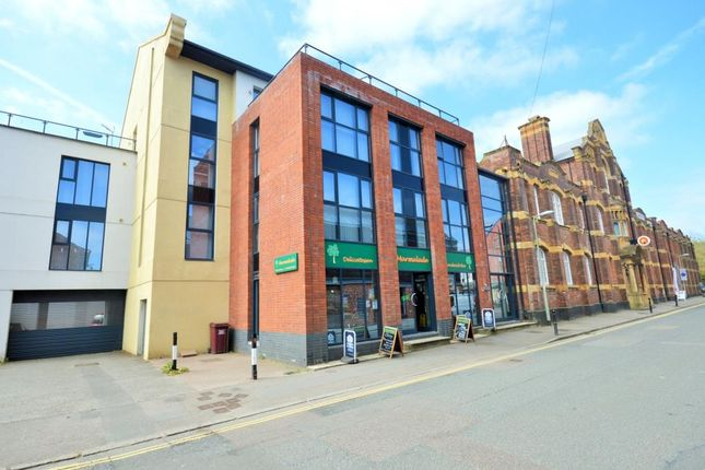 Thumbnail Flat to rent in The Coolings, Haven Banks, Exeter