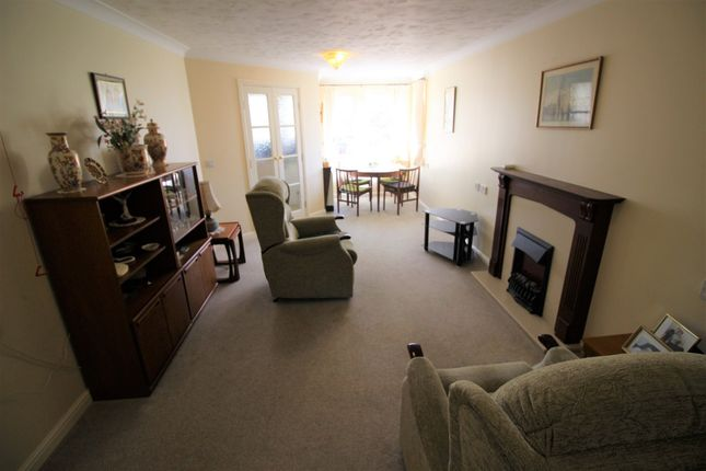 Thumbnail Flat for sale in Kedleston Road, Derby
