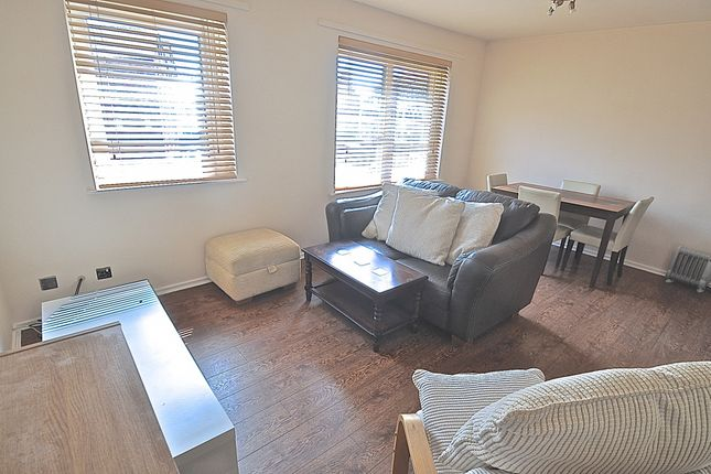 Thumbnail Flat for sale in Phoenix House, High Street, Hull, North Humberside