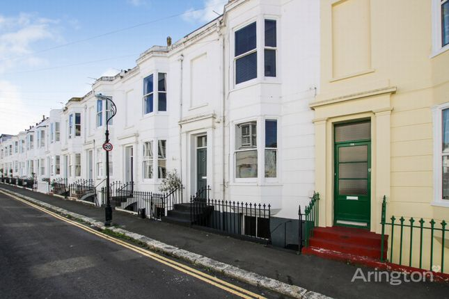 Thumbnail Maisonette to rent in Great College Street, Brighton